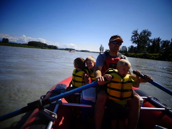 children helping rafting on the Susitna river