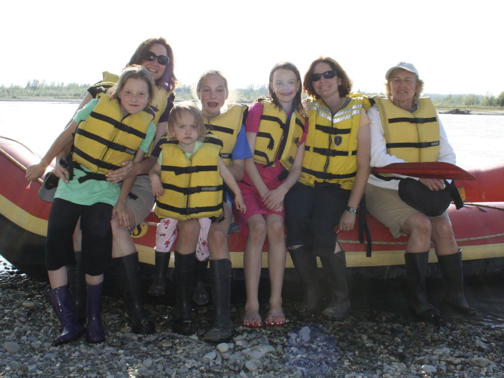 family rafting the Talkeetna river
